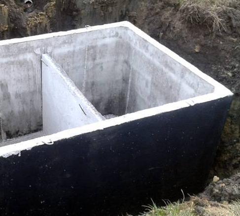 Czy regularne wybieranie szamba ma wpływ na drożność kanalizacji ?